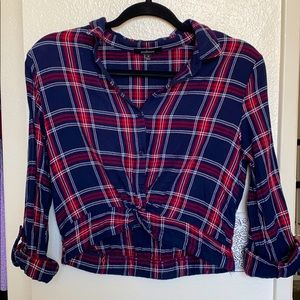 Plaid buttoned top